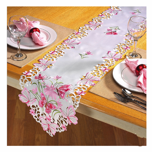 Incredible Butterfly Table Runner 520 x 520 · 291 kB · jpeg